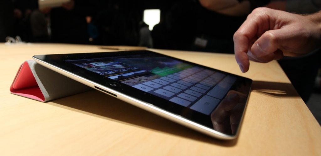 apple iPad review should you buy it